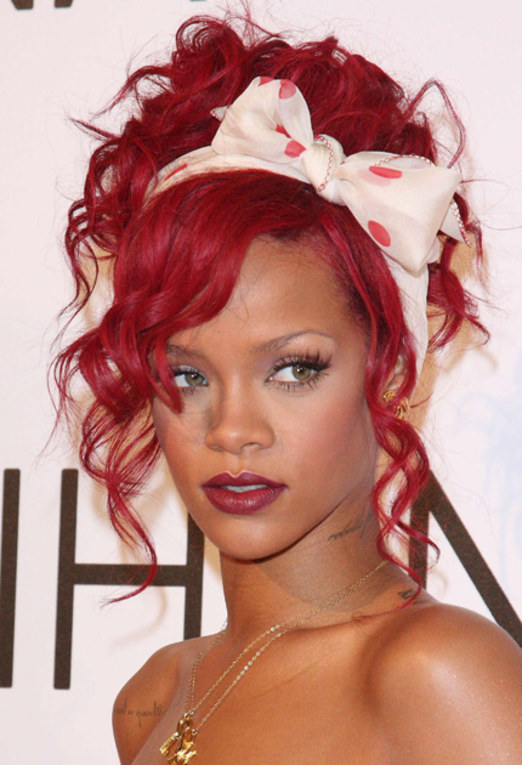 Rihanna: Peinados de las celebrities 2011
