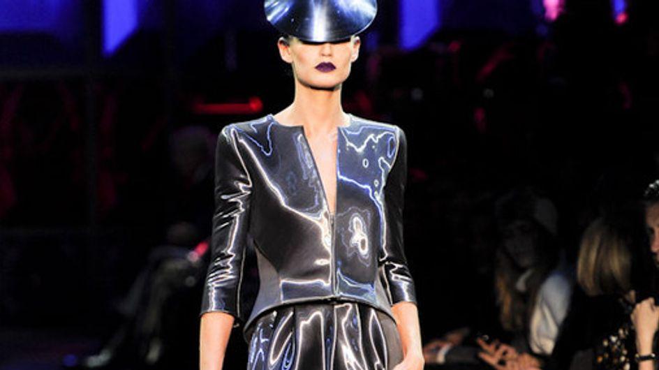 Giorgio Armani - Paris Haute Couture Spring/Summer 2011