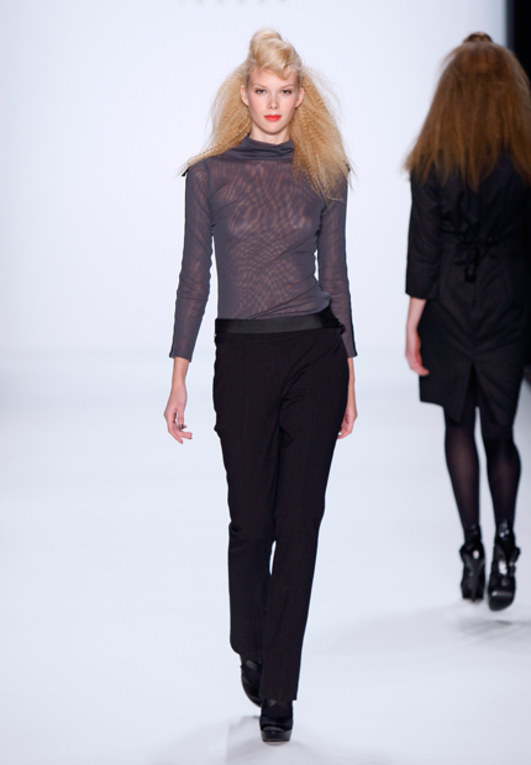 Anja Gocken auf der Mercedes Benz Fashion Week Berlin Herbst/Winter 2011/2012