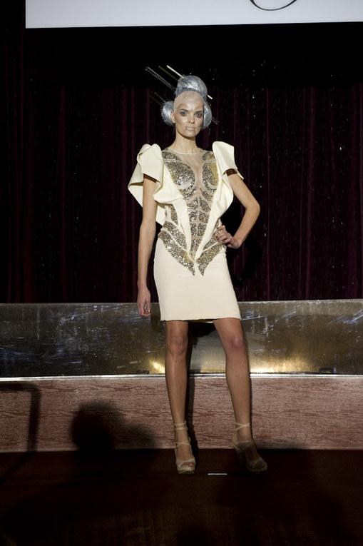 Eric Tibush - Paris Haute Couture Spring/Summer 2011