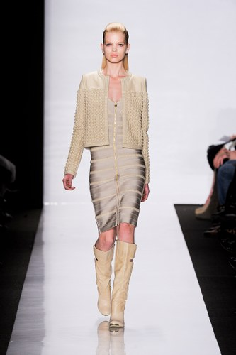 Fashion Show Hervé Léger by Max Azria New York – Fashion Week Autumn Winter New York 2011