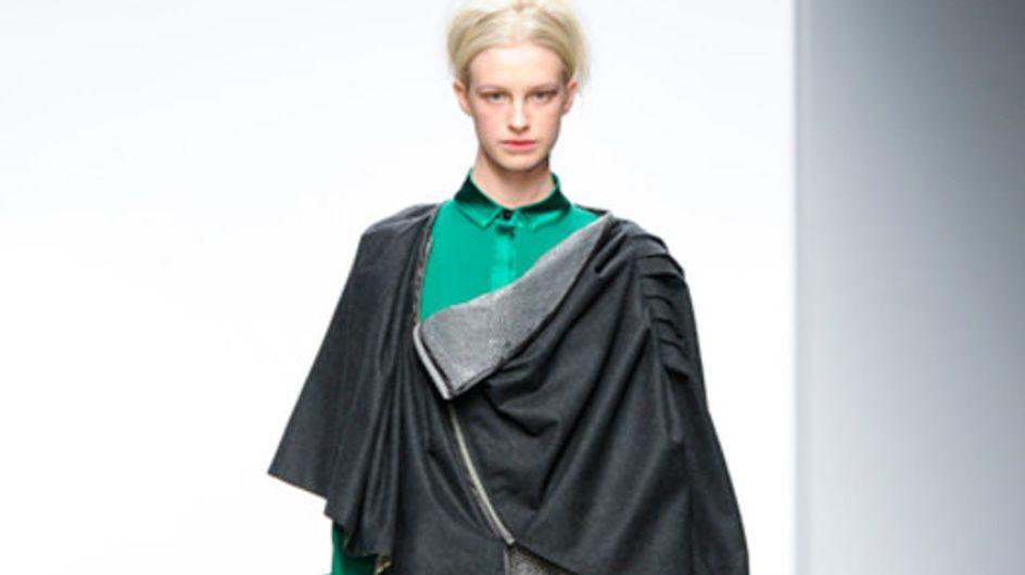 Sfilata Bora Aksu - London Fashion Week A/I 2011