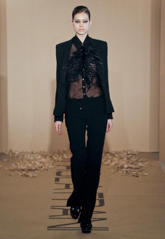 Sfilata Paola Frani - Milano Moda Donna A/I 2011