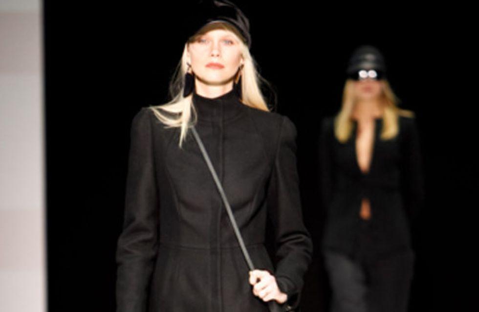 Sfilata Emporio Armani - Milano Moda Donna A/I 2011