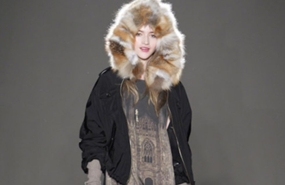 Moschino Cheap and Chic - Milán Fashion Week otoño invierno 2011-2012