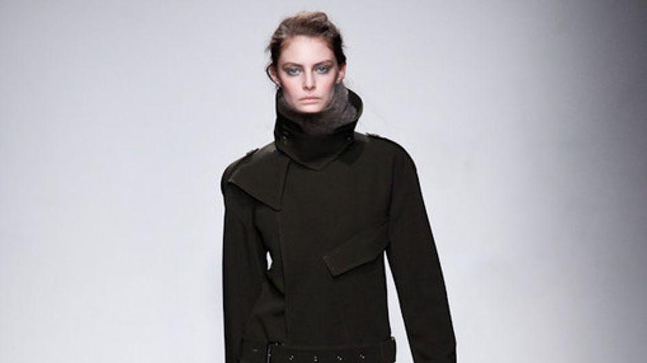 Les silhouettes noires de Felipe Oliveira Baptista