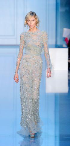 Les robes lumineuses d'Elie Saab