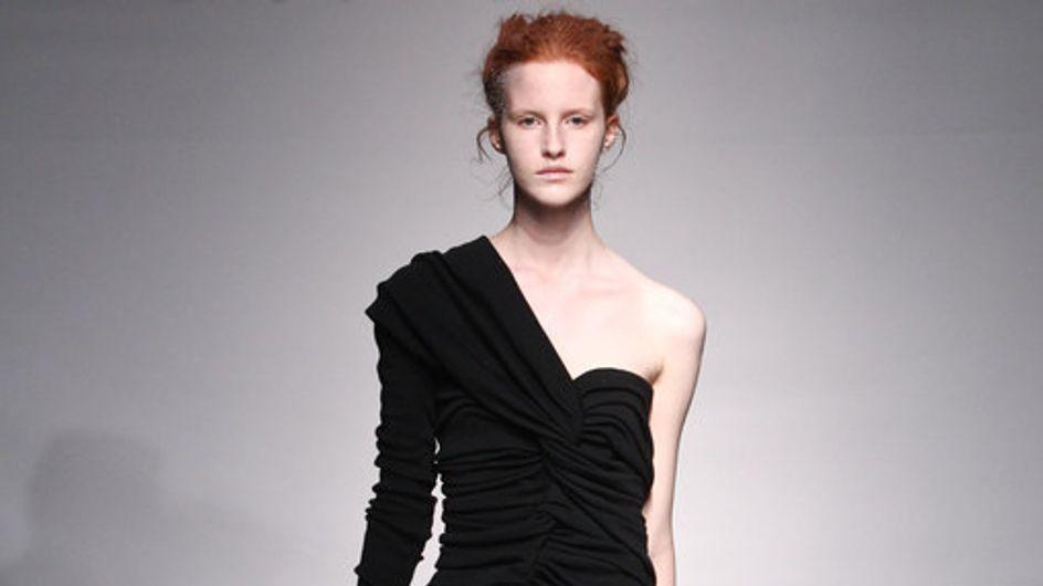 Yiqing Yin: Haute-Couture HW 2011/12 - Fashion Week Paris