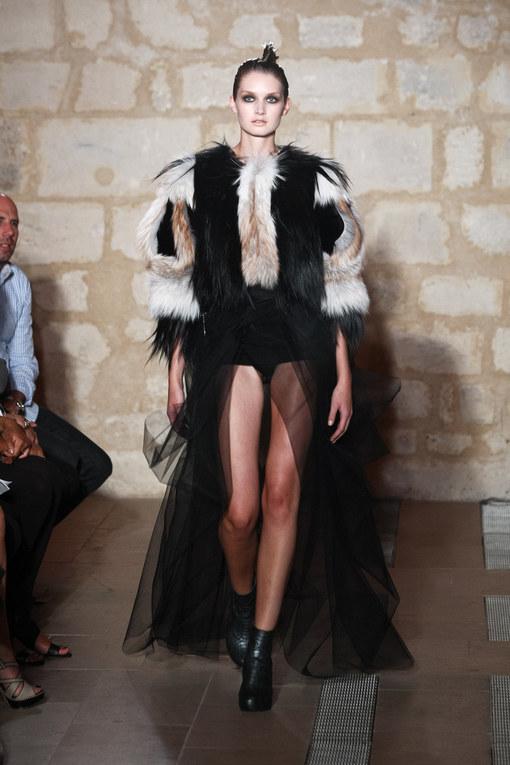 Yanina: Haute-Couture HW 2011/12 - Fashion Week Paris