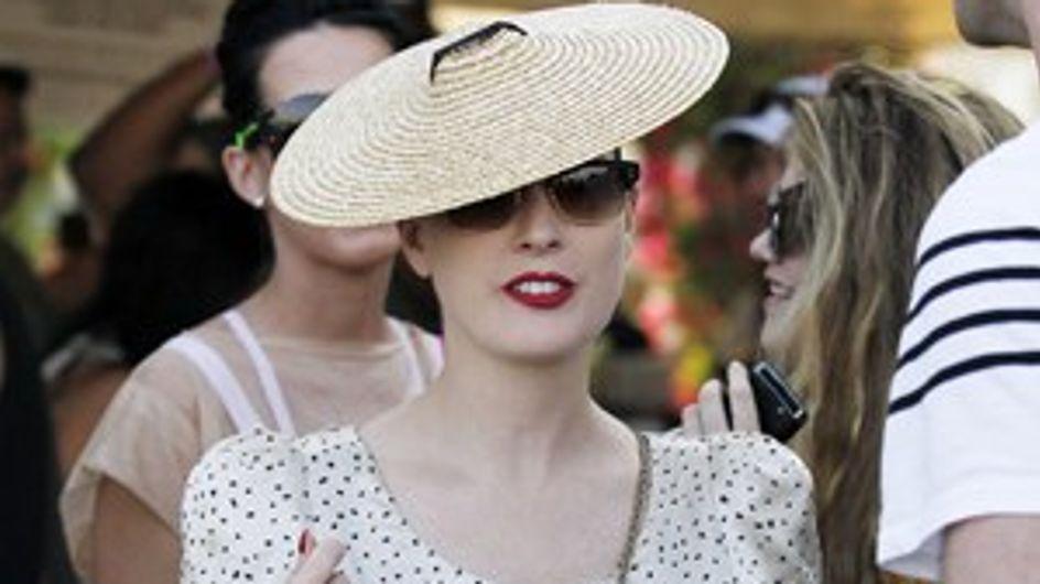 Los bolsos y los sombreros de las famosas para este verano