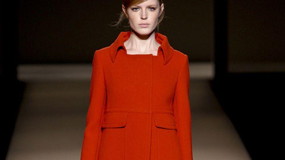 Cappotti vitaminici, il rosso e l'arancione per l'inverno
