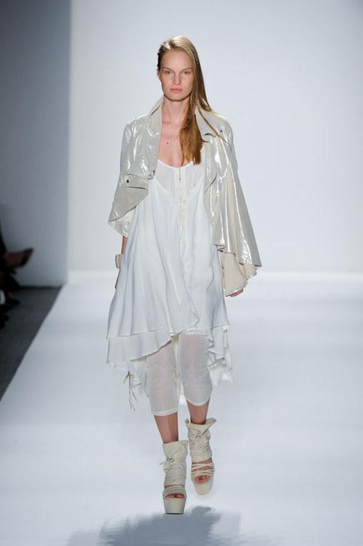 Sfilata Nicholas K New York Fashion Week p-e 2012