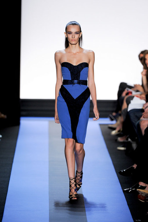 Sfilata Monique Lhuillier p-e 2012 - New York Fashion Week