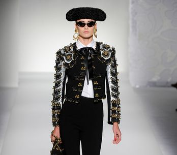 Moschino - Milán Fashion Week Primavera Verano 2012