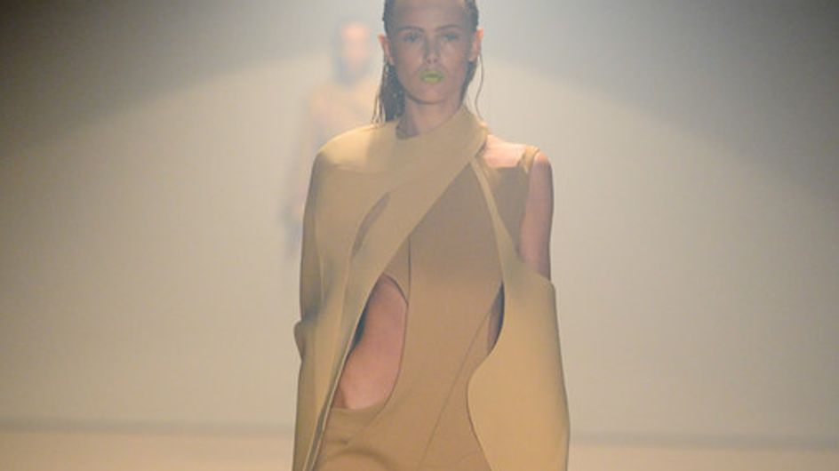 Sfilata Thierry Mugler Parigi Fashion Week p-e 2012