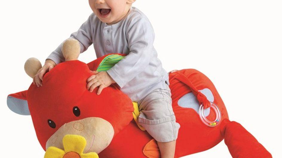 Cadeaux de Noël bébé : les idées qui vont vous faire fondre !