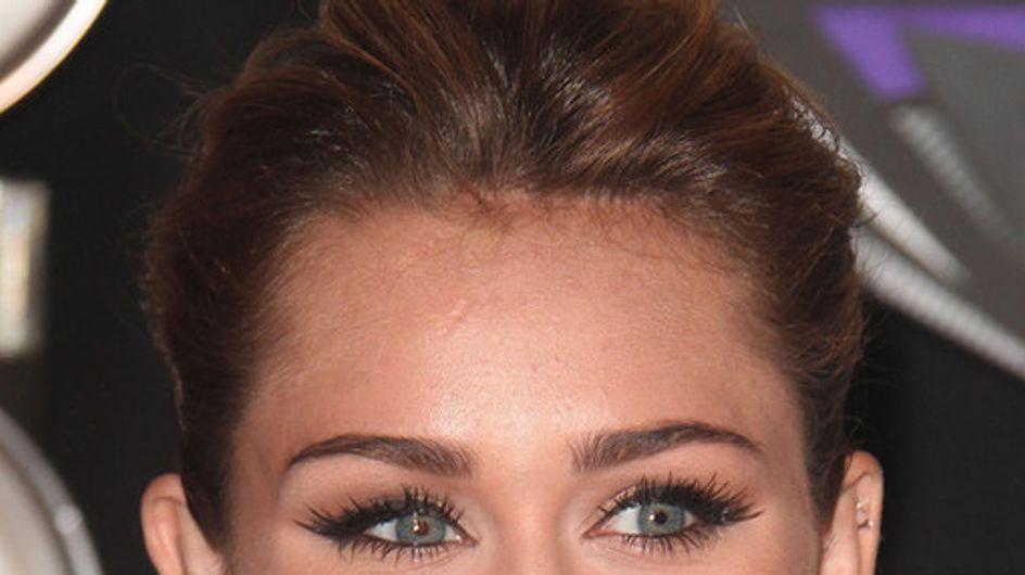 ¡Las celebrities también llevan piercings!
