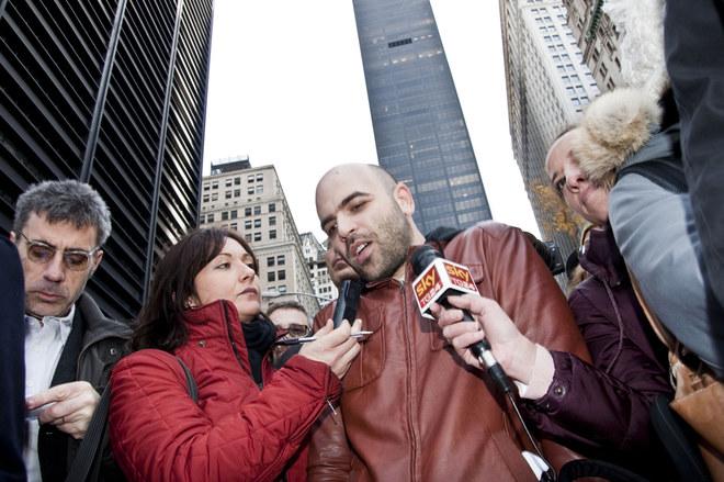 Roberto Saviano sostiene Occupy Wall Street