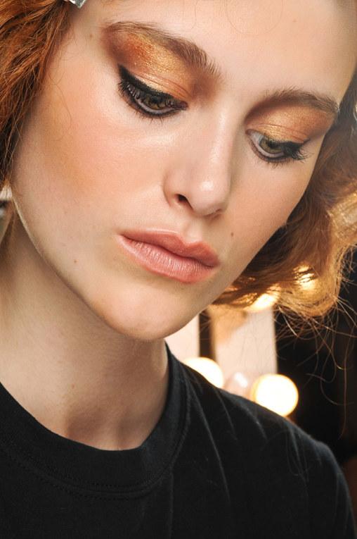 Metallic Make-Up: il nuovo trend per truccare gli occhi