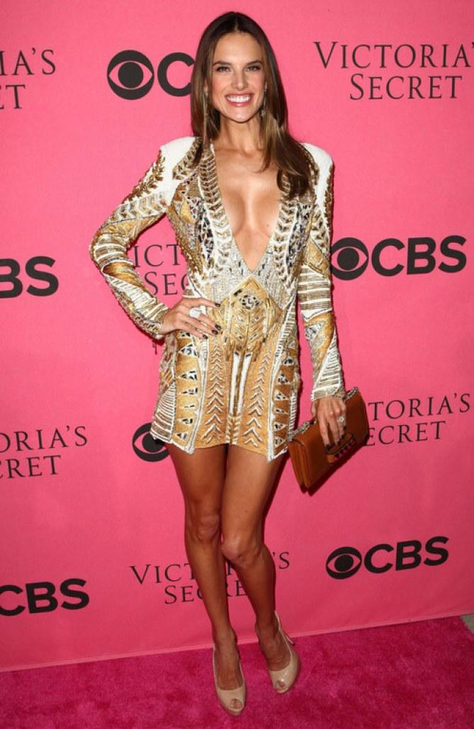 Alessandra Ambrosio au défilé Victoria Secret