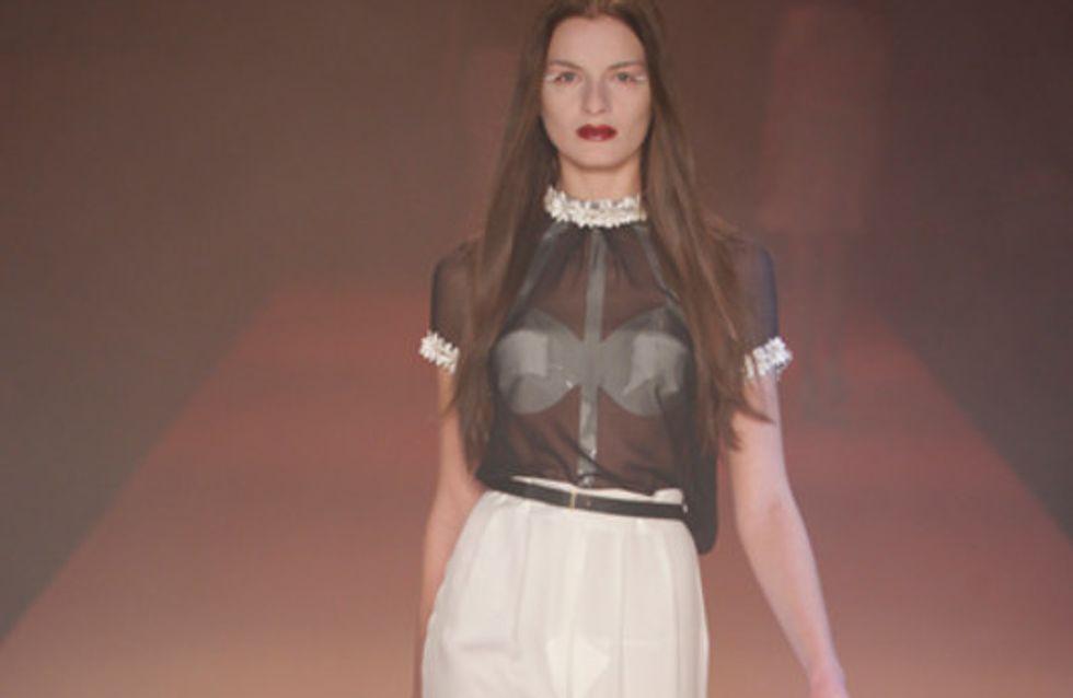Kontrastreich in Schwarz und Weiß: Kaviar Gauche auf der Mercedes-Benz Fashion W