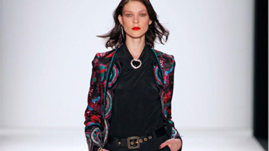 Grafische Muster, glamouröse Schnitte: Rena Lange auf der Mercedes-Benz Fashion