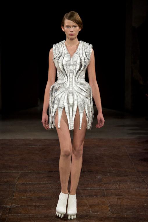 Iris Van Herpen Haute Couture spring/summer 2012