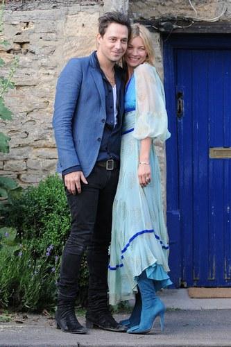 Kate Moss e Jamie Hince, 2011