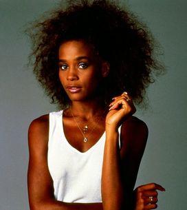 Whitney Houston, una vita in immagini