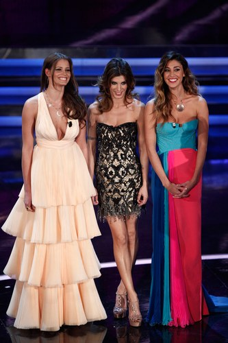Belen Rodriguez con Elisabetta Canalis e Ivana Mrazova a Sanremo 2012