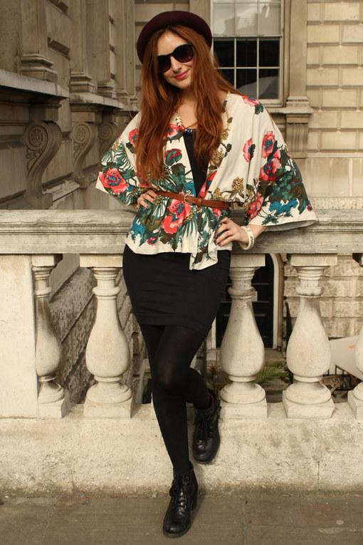 TUESDAY: Ursula, Fashion & Beauty Editor