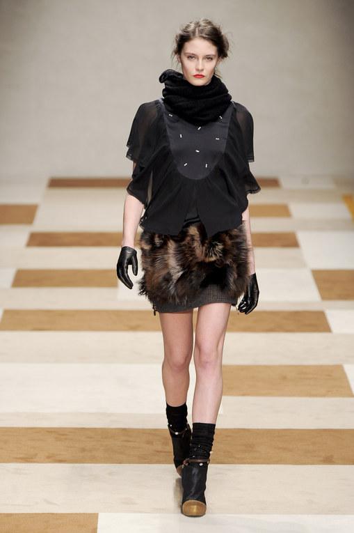 Sfilata Kristina T autunno inverno 2012-2013 - Milano Moda Donna