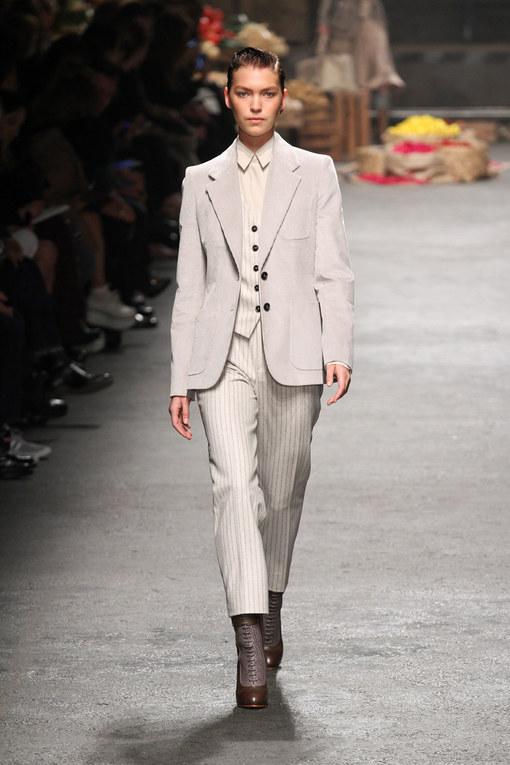 Sfilata Trussardi autunno inverno 2012-2013 - Milano Moda Donna