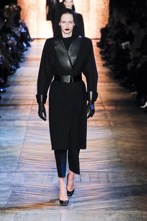 Yves Saint Laurent Parigi Fashion Week autunno/inverno 2012/2013
