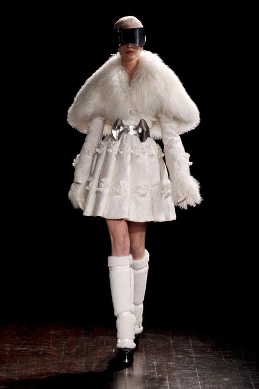 Alexander McQueen Parigi Fashion Week autunno/inverno 2012/2013