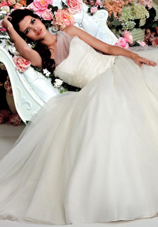 Brautkleider 2012: Die schönsten Modelle