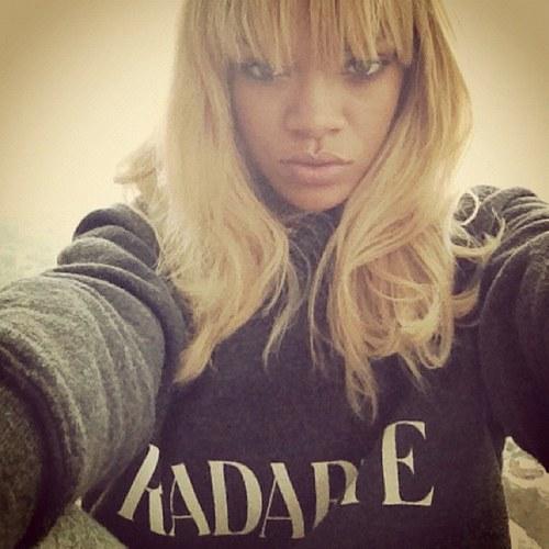 Rihanna, una star appassionata di Twitter
