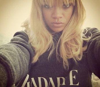 Gallery/ La Twitter mania di Rihanna