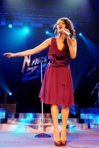 Nina Zilli si esibisce nel Femmina Tour 2012