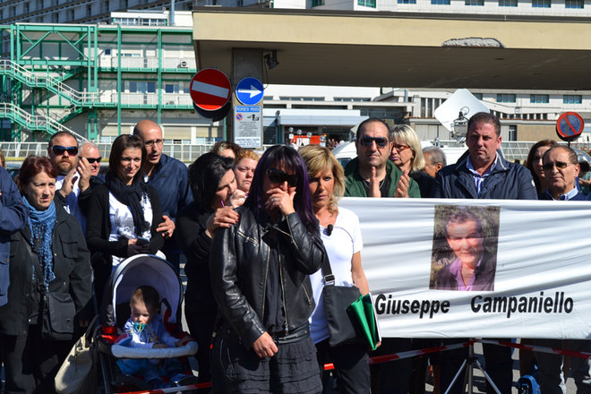 A Bologna la marcia delle vedove bianche
