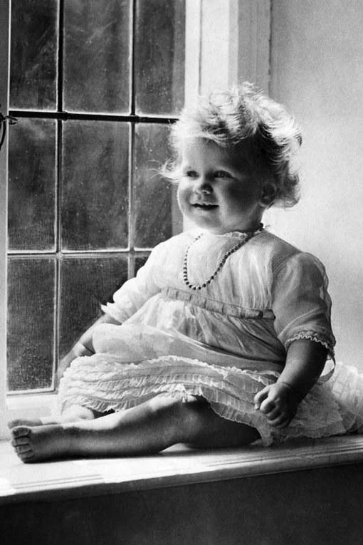 Queen Elizabeth II Style Retrospective: 1927
