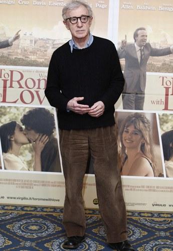 Woody Allen al photocall romano di To Rome with Love, 2012
