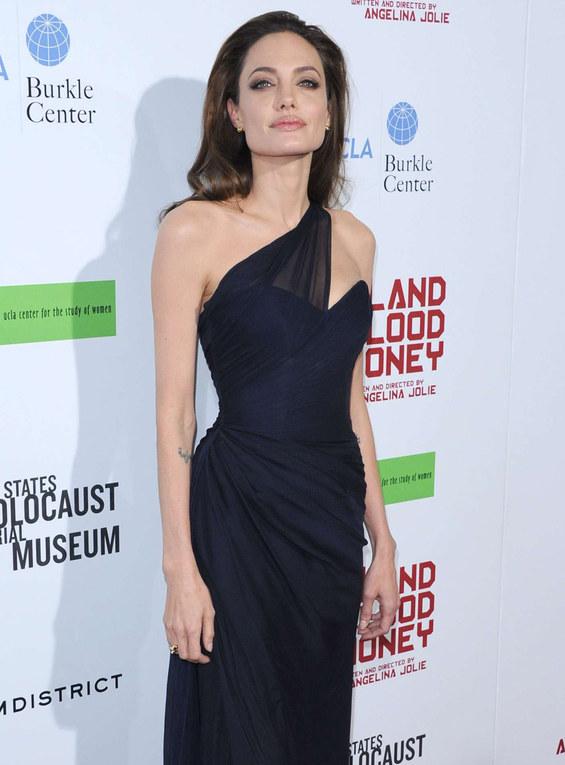 Celebrities: vroeger en nu - Angelina Jolie