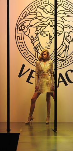 Haute Couture : Versace ouvre le bal des défilés