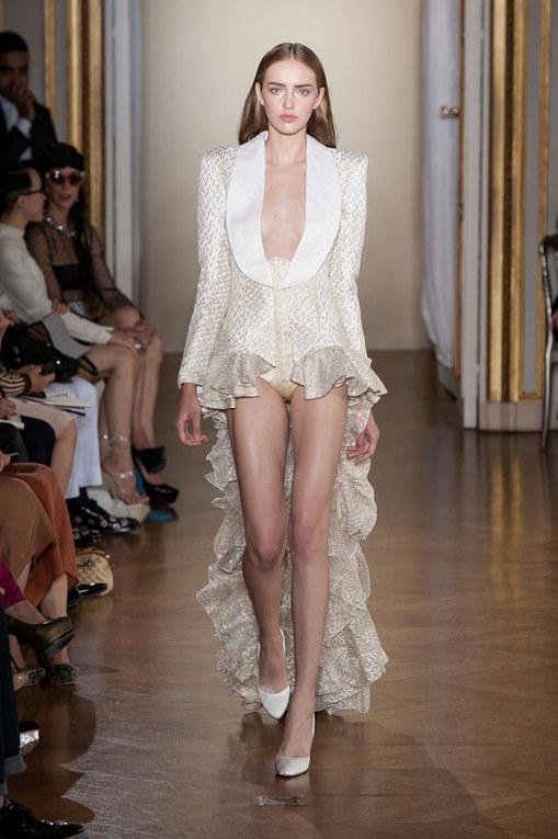 Défilé Worth Haute Couture Automne-Hiver 2012-2013