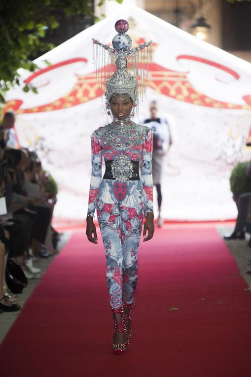Défilé On Aura Tout Vu Haute Couture Automne-Hiver 2012-2013