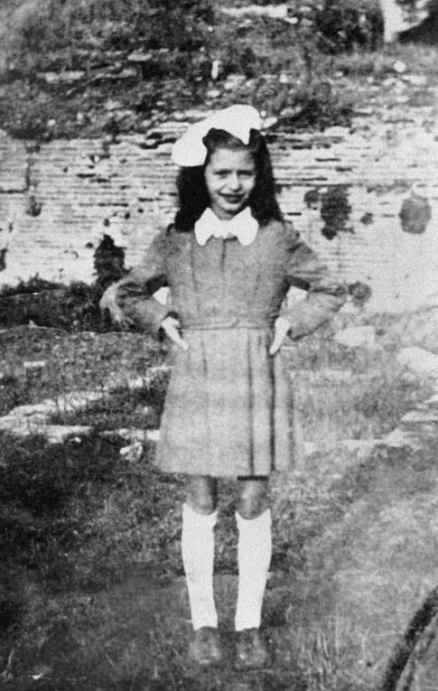 Sophia Loren en 1942