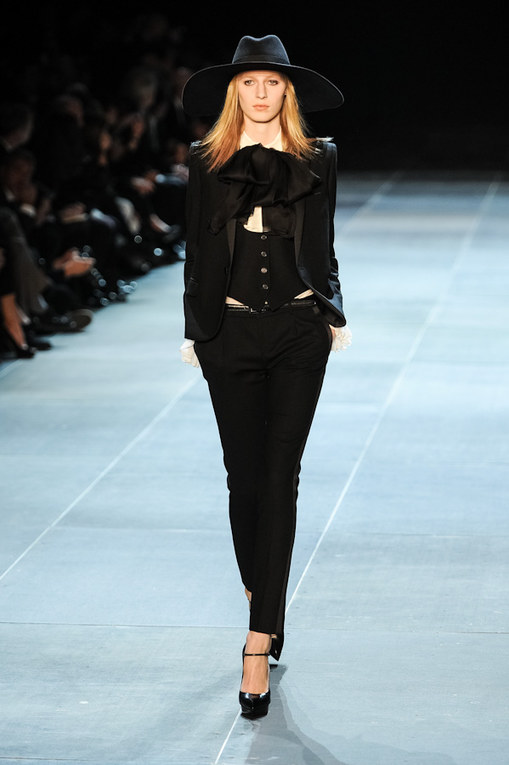 Saint Laurent Parigi Fashion Week primavera/estate 2013