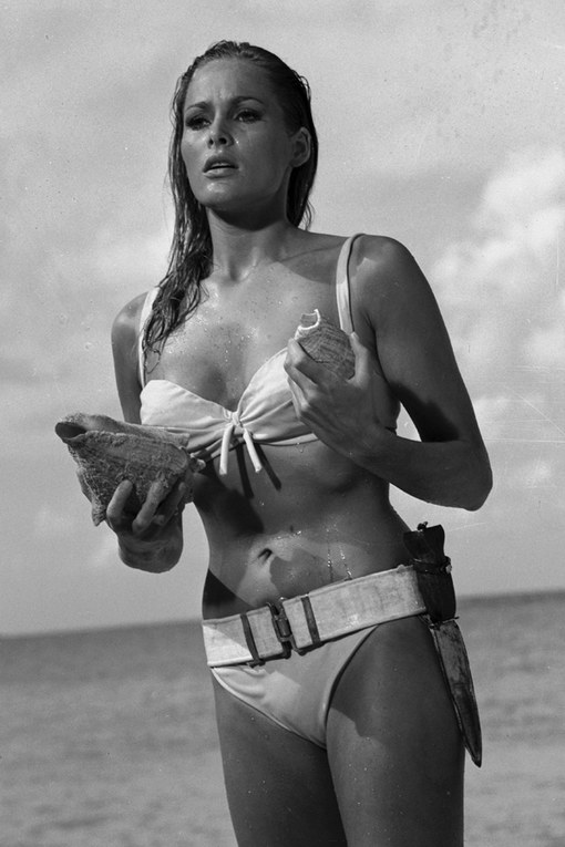 Bondgirls: Ursula Andress