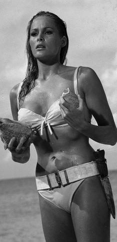 Bondgirls: 50 jaar lang femmes fatales